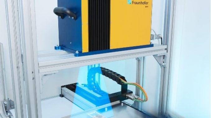 Fluorescence Defect Scanner