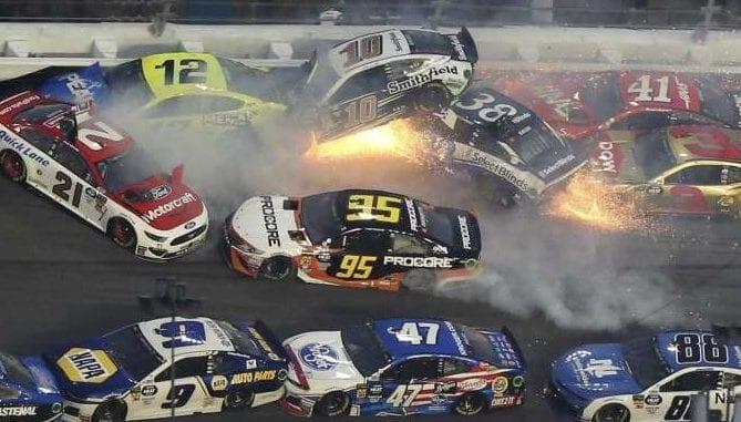 NASCAR PILEUP